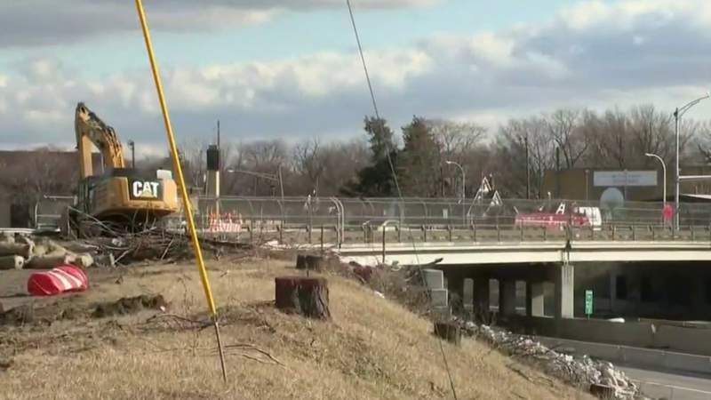 I-75 bridge demolitions expected to cause traffic jams, travel issues in Oakland County