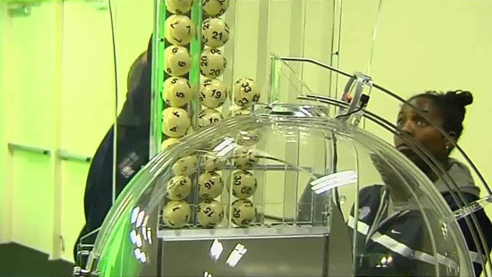 Behind The Scenes How Does The Powerball Drawing Work