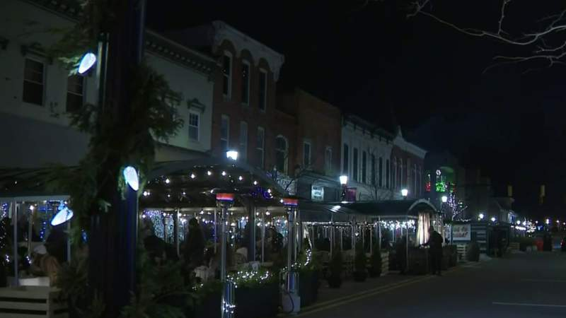 How people are celebrating New Year's Eve in downtown Northville amid COVID restrictions