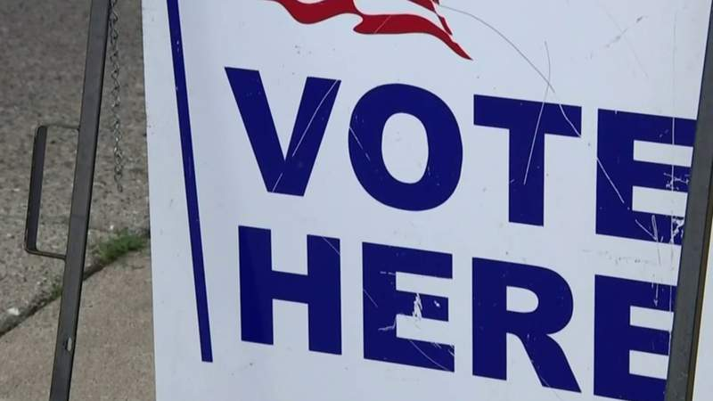 SOS urges Michigan lawmakers to allow absentee ballot counting before election day