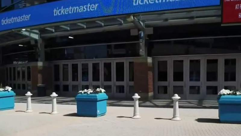 Detroit Lions still planning to have fans at Ford Field this season