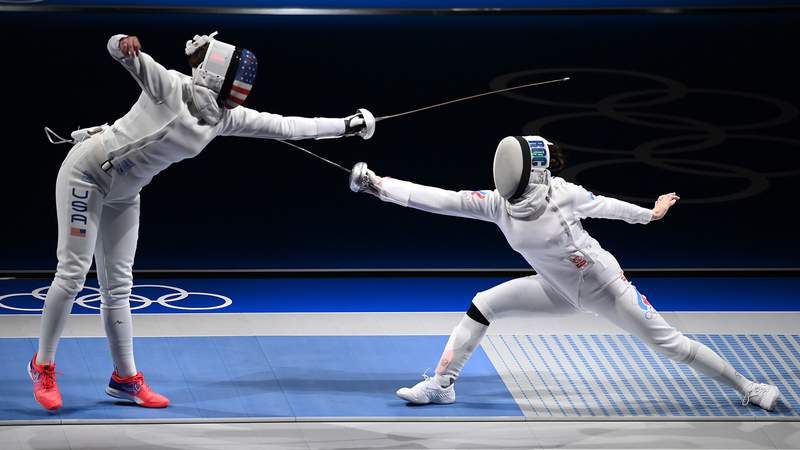 Kelley Hurley was defeated by Russian fencer Aizanat Murtazaeva in the women's individual epee round of 16
