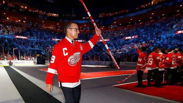 DETROIT, MI - APRIL 09: Former Detroit Red Wing Steve Yzerman #19 enters a ceremony honoring Joe Louis Arena on April 9, 2017 in Detroit, Michigan. The Detroit Red Wings beat the New Jersey Devils 4-1 in the last NHL game at the arena. (Photo by Gregory Shamus/Getty Images)