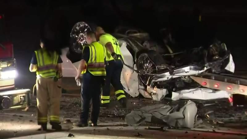 EB I-94 closed in Van Buren Township after deadly crash