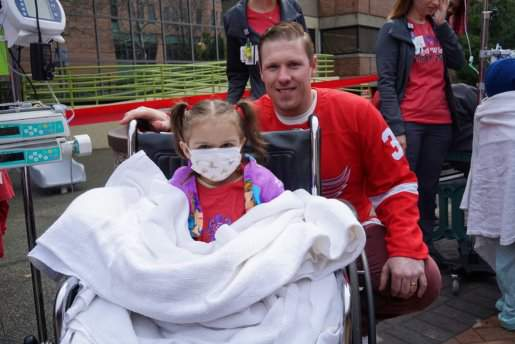 Jimmy Howard and Detroit Children's Hospital Patient in 2019